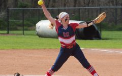 Softball sweeps Indy as Leonhardt earns 20th win
