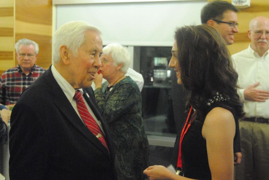 Senator+Richard+Lugar+speaks+to+Rachel+Johnson%2C+a+sophomore+political+science+and+economic+double+major%2C+during+the+reception+Wednesday+in+Traditions+Lounge+following+the+moderated+discussion.+Lugar+and+former+Congressman+Lee+Hamilton+spoke+to+the+public+on+civility+in+politics+Wednesday+in+Carter+Hall.