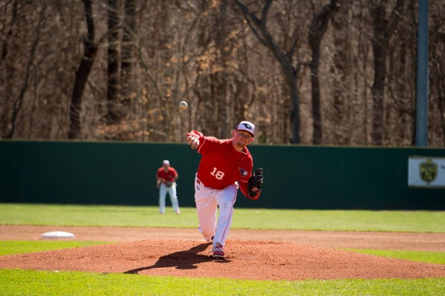Junior+Kyle+Griffin+throws+out+a+pitch+during+a+game+against+Drury+University+at+the+USI+Baseball+Fields.+Griffin+is+a+transfer+student+who+previously+played+two+seasons+at+Wabash+Valley+College+and+spent+a+season+with+the+University+of+Houston.+
