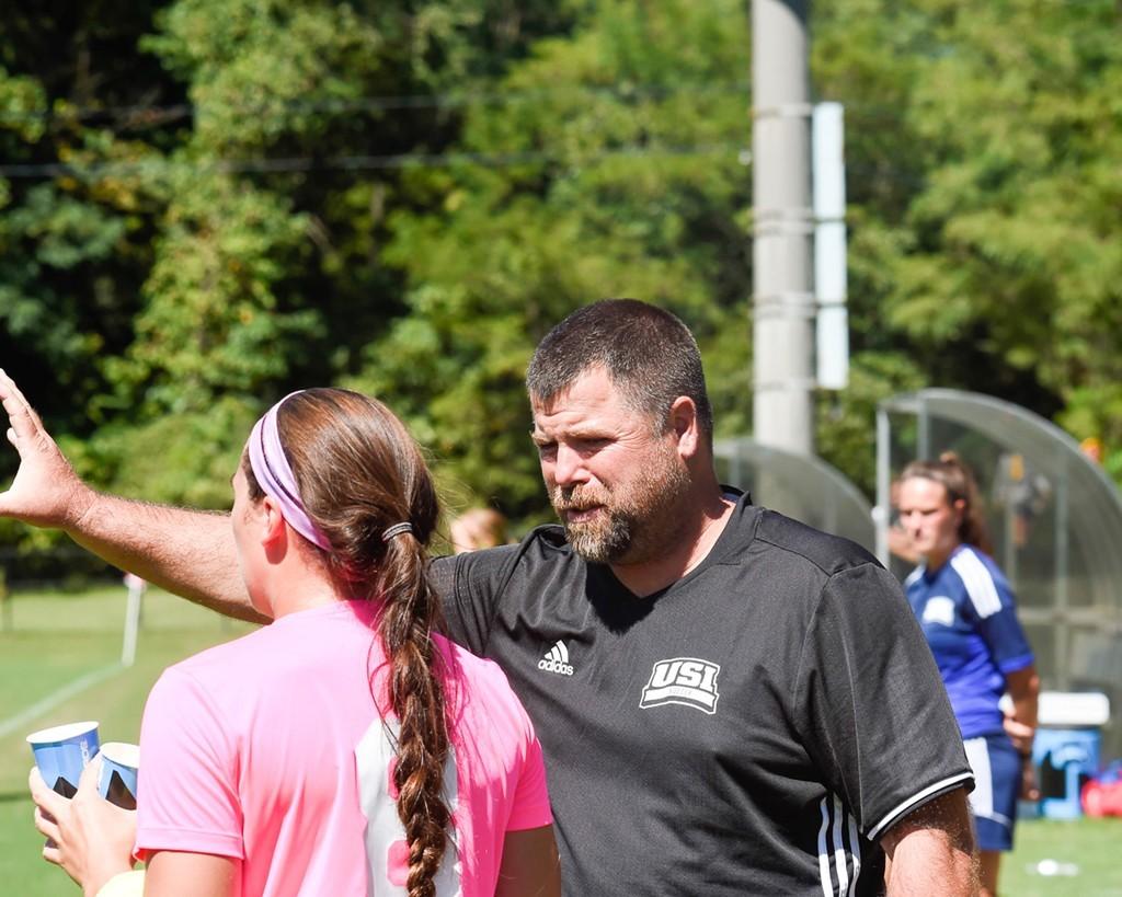 Alumnus joins as assistant coach