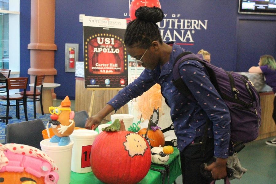 Staff Council to host pumpkin decoration contest