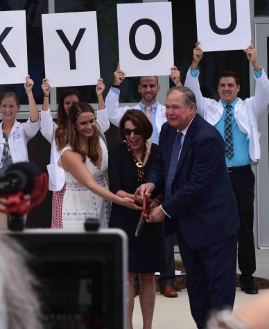 Community gathers for opening of downtown medical school