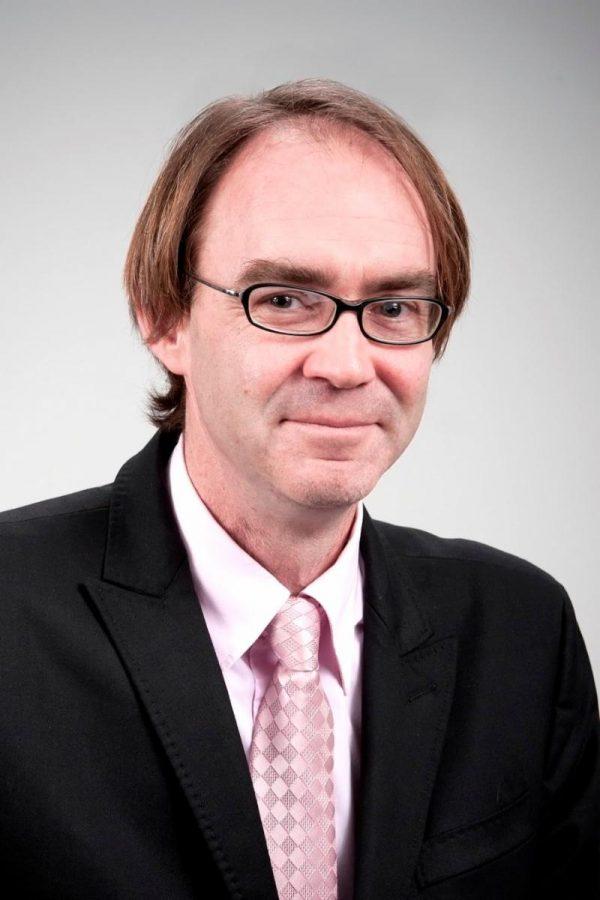 Dixon named interim director of Graduate Studies