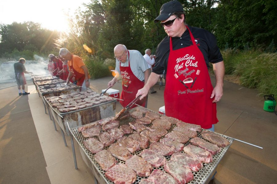 Steak+Fry+%E2%80%98n%E2%80%99+Auction+raises+money+for+scholarships