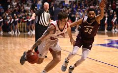 GALLERY: USI men's basketball fall to top ranked Bellarmine University 65-79