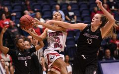 GALLERY: USI women's basketball loses to Bellarmine University 45-66