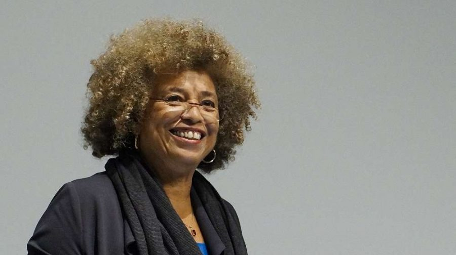 Angela Davis inspires social awareness in students