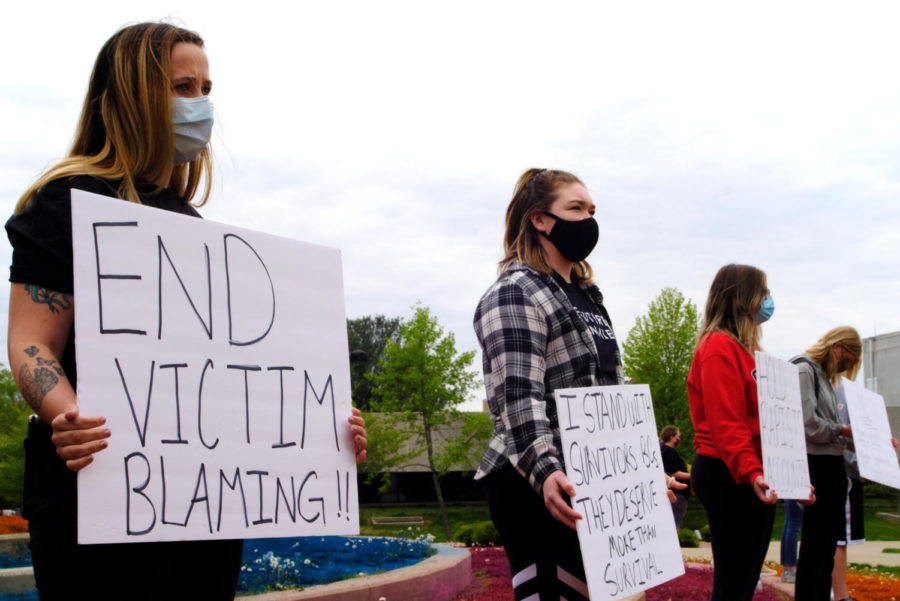Students advocate sexual assault awareness with silence