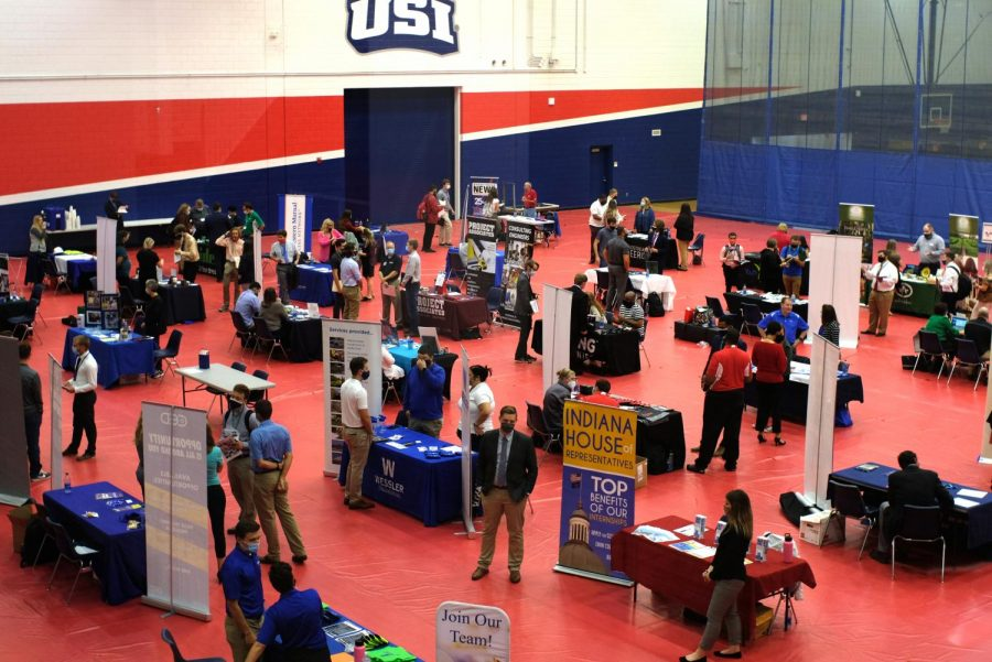 Attendees fill the gymnasium in the Screaming Eagles Complex for the 2021 Career and Internship Fair. Recruiters from more than 50 Evansville area employers took part in the event Wednesday.
