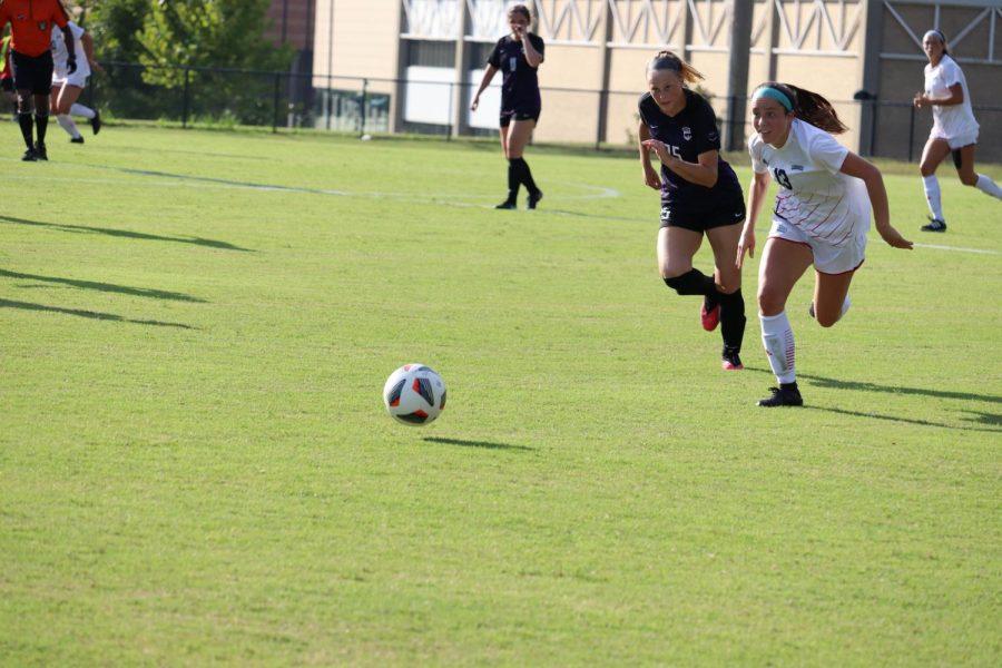 Women's soccer team kicks off season with victory