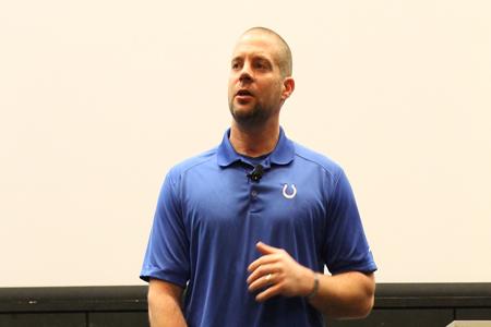 Injured vet, Colts spokesperson offers advice to OT majors